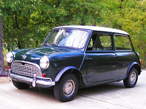 Austin Mini Super-Deluxe (1963 model) Photo: Steve Baker 2005