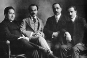 Michail Nuaima, Gibran Khalil Gibran, Nasid Arida, and Elmesih Haddad. Unknown photographer © Goethe-Institut