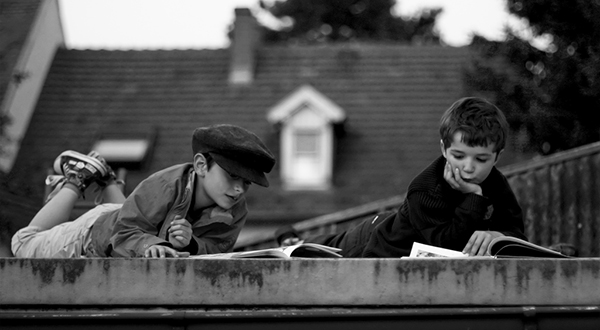 Reading on the roof | © Raul Lieberwirth | lanier67, flickr