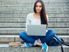 Online-based course formats provide flexibility | Photo (detail): © vadymvdrobot - Fotolia.com