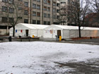 Supply tents o in the grounds of the LaGeSo in Berlin-Moabit. Photo: Achim Wagner