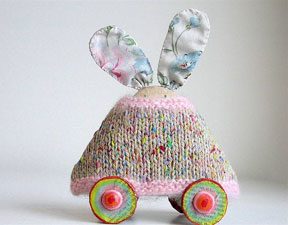 """Animal on Wheels"", Mixed Media, Julie Arkell, Copyright: craft2eu"