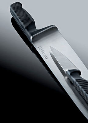 Knife Series LA CINTURA DI ORIONE, designed with Alberto Gozzi, for Alessi, 2008, © Richard Sapper