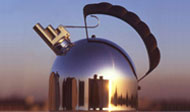 Kessel Bollitore, Two Note Whistling Tea Kettle for Alessi, 1984, © Richard Sapper