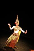 "Kambodscha | Khmer Arts Ensemble, scene from ""Neang Neak""; photo: Goethe-Institut"