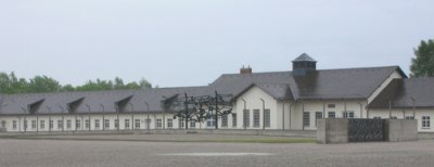 The concentration camp memorial at Dachau; Photo: brewbooks/Flickr; Licence: CC-BY-SA