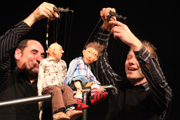 "Halle Puppet Theater: ""Der unsichtbare Vater"" (The Invisible Father) by Amelie Fried; photo: Gerd Kiermeyer"