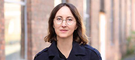 Maria Eichhorn : Das Kunstsystem kritisch hinterfragen
