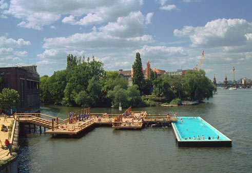 Boat for Swimming Berlin, AMP arquitectos with Gil Wilk and Susanne Lorenz