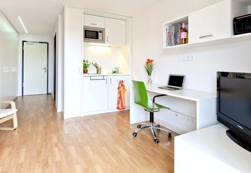 studentisches wohnen styling auf kleinstem raum goethe institut. Black Bedroom Furniture Sets. Home Design Ideas