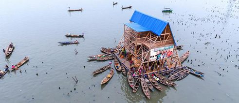 Makoko Floating School in Lagos/Nigeria