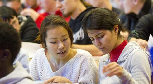 Studieren in deutschland mehrsprachigkeit ja alles auf englisch nein goethe institut for Studieren in deutschland