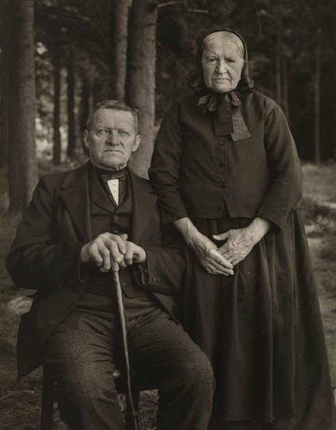 August Sander, Farmer Couple, 1912, Collection Lothar Schirmer, Munich