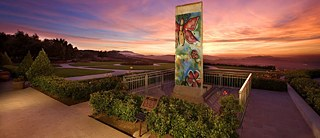 Mauerteil vor der Ronald Reagan Presidental Library in Simi Valley, Kalifornien, USA;