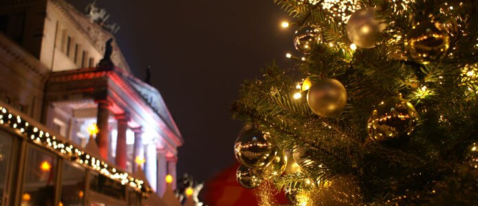 Christmas ambiance at the Gendarmenmarkt, a Christmas market in Berlin