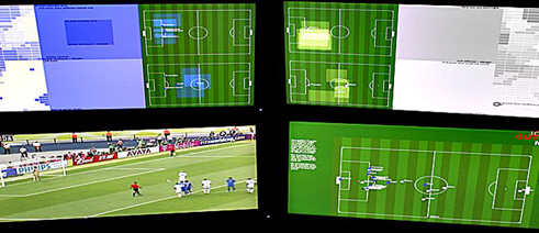 Screens with video data, position data and results by means of neuronal networks from the World Cup final 2006