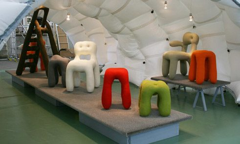 """Fat furniture"" von Lambert Kamps"