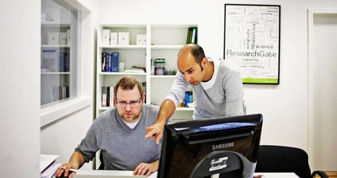 ResearchGate founder Ijad Madisch (right) and his staff want to improve networking between researchers;