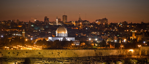 Jerusalem by night (Photo: David Ortmann)