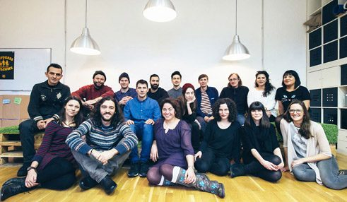 "The ""renk."" team with Melisa Karakuş (front row, second from the right);"