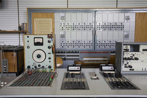 Details of a Siemens electronic music recording studio 1955, Deutsches Museum München