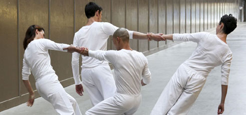 "Tanz im August: Trisha Brown ""Early Works (Leaning Duets)"", © John Mallison"