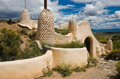 Reynoldsovo Earthship Visitor Center ve městě Taos, New Mexico