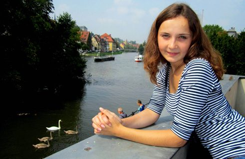 Iryna Shymbra from the Ukraine studies literature and media, and in 2014 was an Erasmus student at the University of Bamberg.