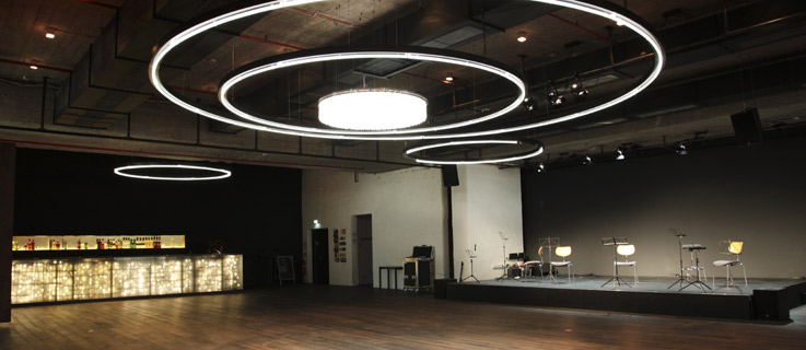 "Bar, club, concert hall at once: Hamburg's ""resonanzaum"" shows a possible way of building event rooms of the future."