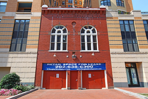 Front of the former Metropolitan Hook and Ladder Company, August 2010.
