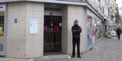 Paul Diamond in front of the Werbellin Apotheke in Berlin