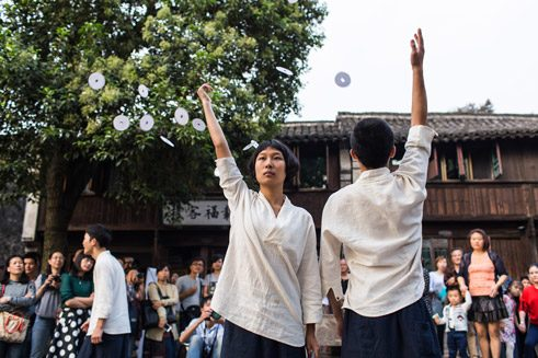 The street as stage at the Wuzhen Theater Festival