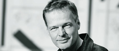"Wolf Haas was awarded the Bremer Literature Prize for his novel ""Verteidigung der Missionarsstellung"""