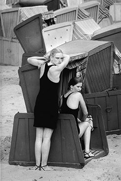 Marisa and Liane, Sellin, 1981
