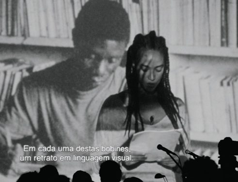 "PERFORMANCE ""DECOLONIZING KNOWLEDGE"", VON GRADA KILOMBA"