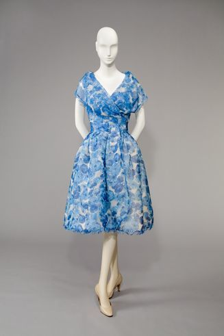 Uli Richter for S & E Modelle: Blue and White Cocktaildress, 1959