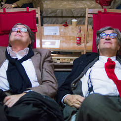 Hofer Filmtage: Heinz Badewitz and Wim Wenders are testing the new ceiling cinema Weisse Wand
