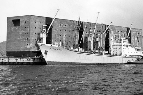 Kaiserspeicher A 1963 at Hamburg harbour