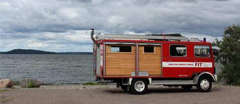 Sweating for Europe FIREFIT sauna-truck Slider