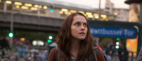 Teresa Parker als Clare in 'Berlin Syndrome'.