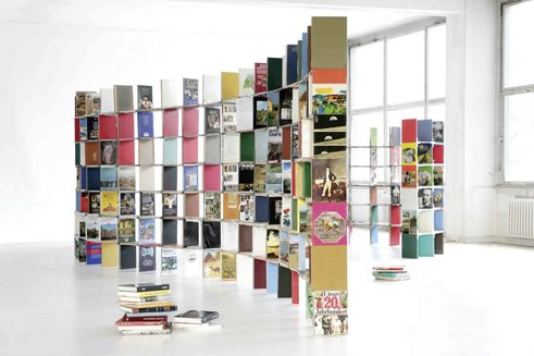 Werner Aisslinger, Books shelf, 2007 © ifa