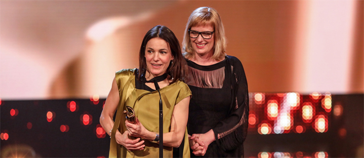 The producer Bettina Brokemper (r) and director Nicolette Krebitz at the Lola Awards 2017