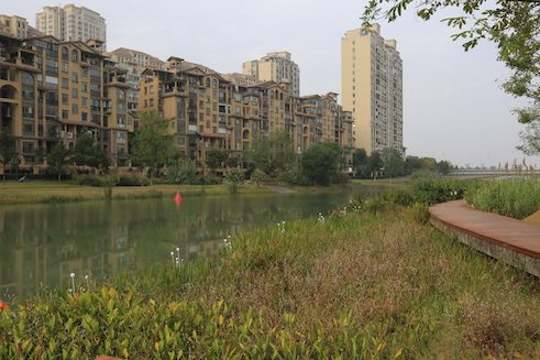 Changde/China: urban landscape shaped by water along the Chuanzi River