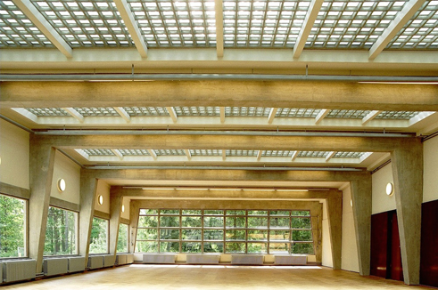 gelbe klinker stahl und glas goethe institut. Black Bedroom Furniture Sets. Home Design Ideas