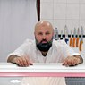 Mahmoud Salem has been living in Berlin since 1990 and working as a butcher for 24 years.