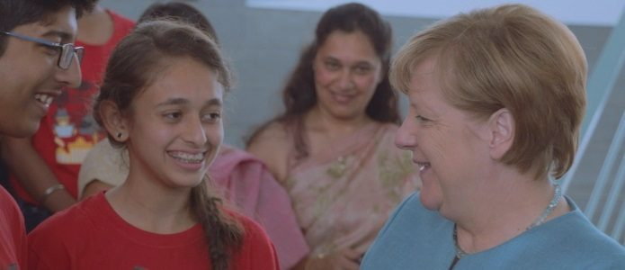 A dream comes true: Indian pupils and teachers meet the chancellor.