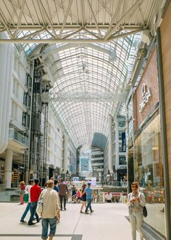 Das Eaton Centre in Toronto