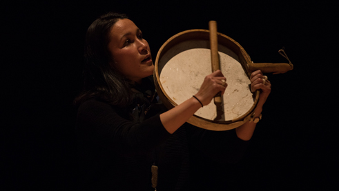 Varna Marianne Nielsen from Greenland plays the drum. Photo: Robin Junicke