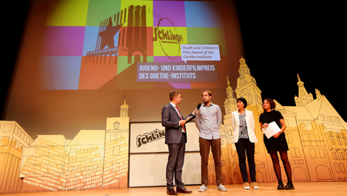 The jury announces the winner of the Youth and Children's Film Award. Photo: Film Festival SCHLINGEL