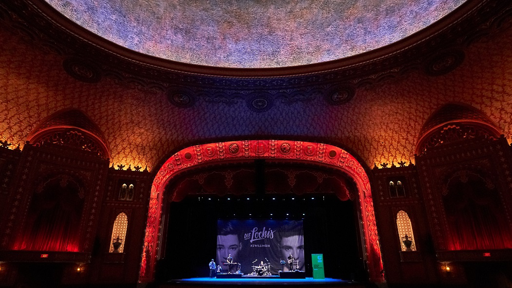 Die Lochis im Tennessee Theater, Knoxville